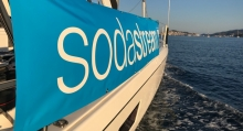 "Foto:  obs/SodaStream SodaStream zeigt bei der ""Rose of Charity"